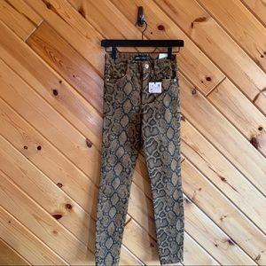 NWT Zara Snakeskin High Rise Skinny Jeans 2